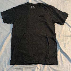 🍎Quicksilver T-Shirt, S